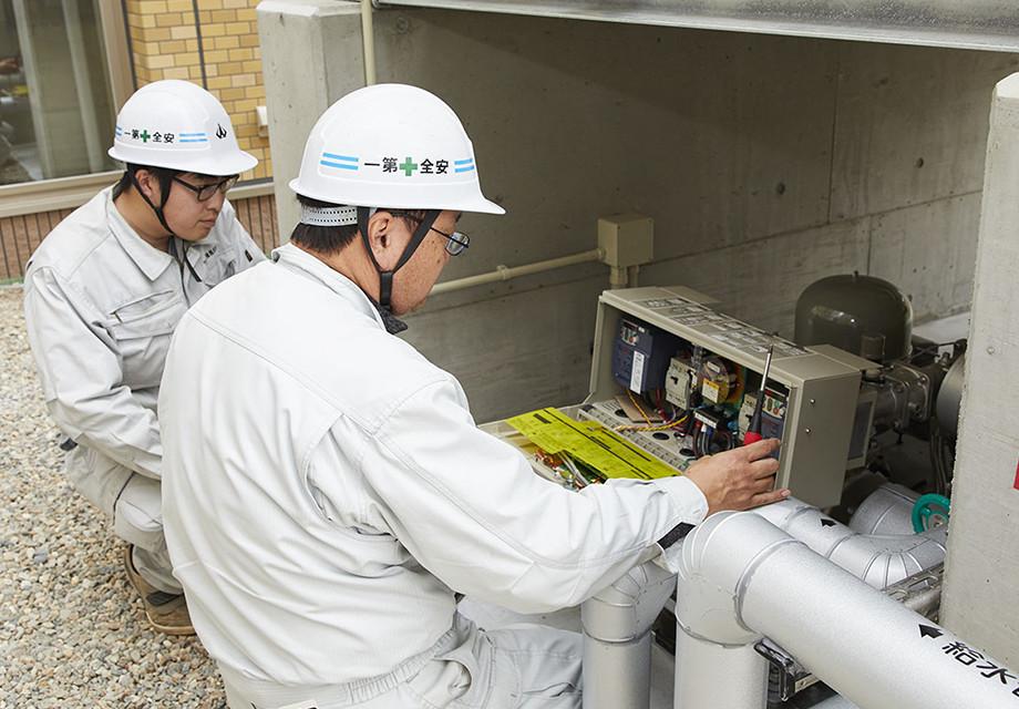 給水設備(貯水槽及び給水ポンプ)の点検